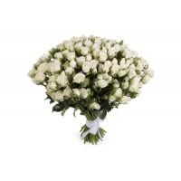 19 белых кустовых роз