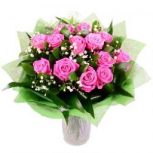13 роз и гипсофила